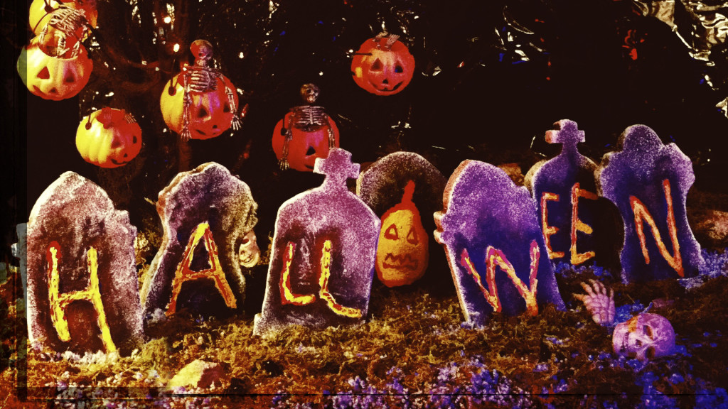 "Kay Lande and Wade Denning – ""Halloween"" – Stop Motion Music Video"