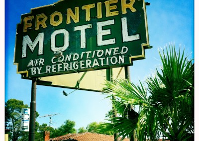 The Frontier Motel conditions its air via refrigeration.